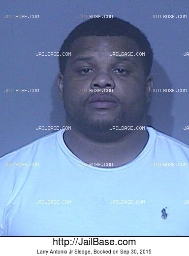 LARRY ANTONIO JR SLEDGE mugshot picture