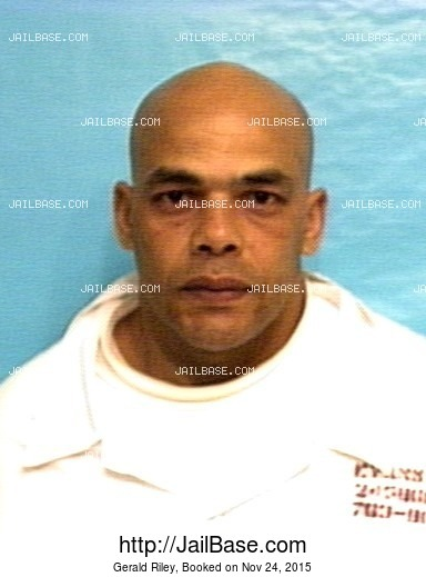 GERALD RILEY mugshot picture
