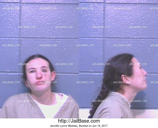JENNIFER LYNNE WEEKLEY mugshot picture