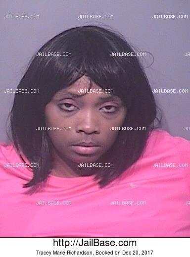 TRACEY MARIE RICHARDSON mugshot picture