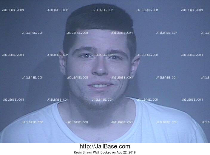 KEVIN SHAWN WALL mugshot picture