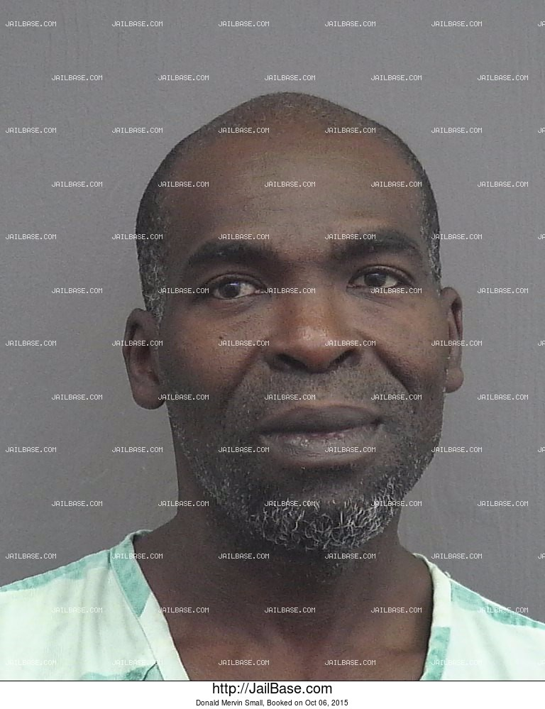 Donald Mervin Small mugshot picture