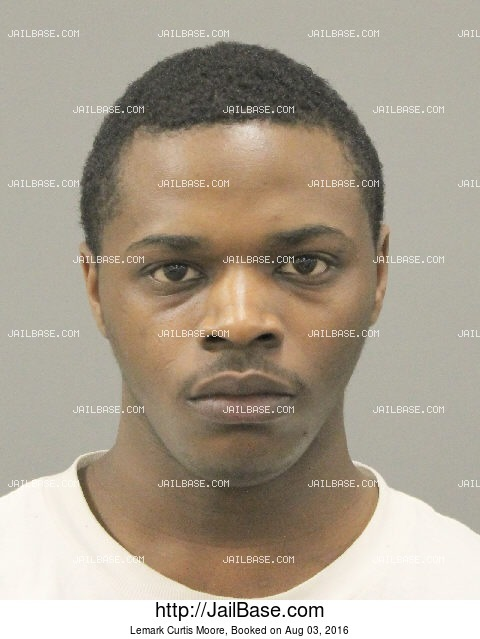 LEMARK CURTIS MOORE mugshot picture