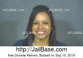 ARIEL DANIELLE REEVES mugshot picture