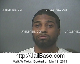 Malik W Fields mugshot picture