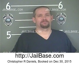 CHRISTOPHER R DANIELS mugshot picture