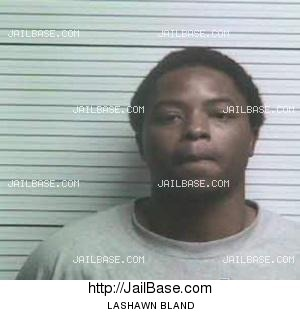 mugshot #1 of LASHAWN BLAND