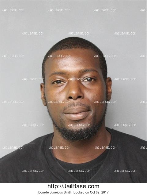 DONELLE JUNEIOUS SMITH mugshot picture